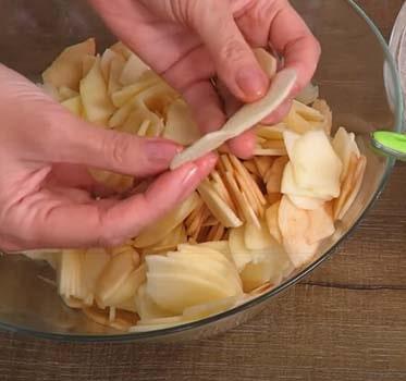 невидимый-пирог-из-яблок-6