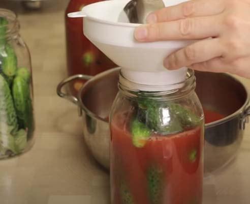 огурцы-с-томатной-пастой-5