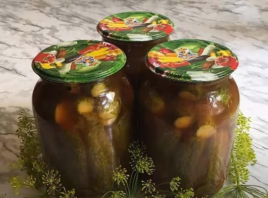 огурцы-в-томатном-соусе-6