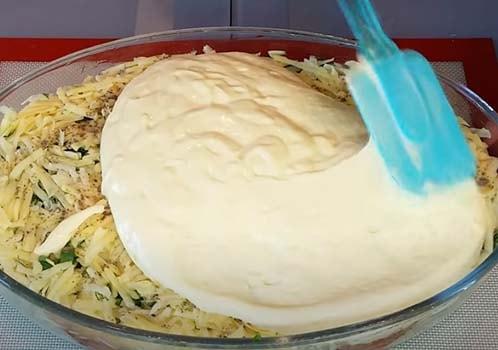 пирог-с-капустой-и-консервированной-рыбой-6