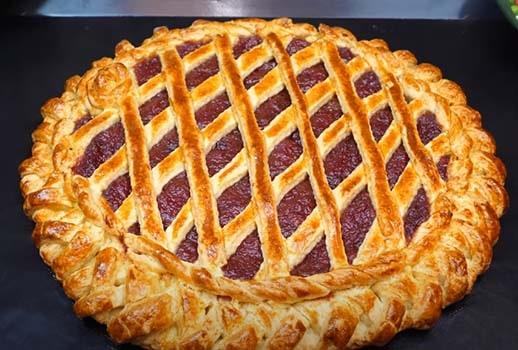 пирог-с-яблочным-повидлом-вареньем-10