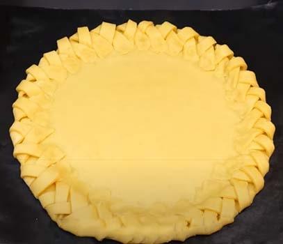пирог-с-яблочным-повидлом-вареньем-8