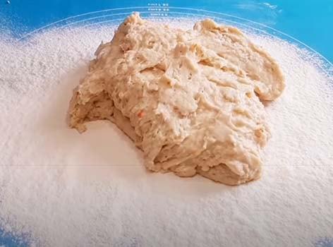 пирог-с-яблоками-из-слоеного-дрожжевого-теста-5