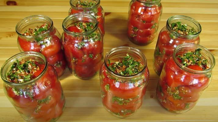 помидоры-с-хреном-и-чесноком-2