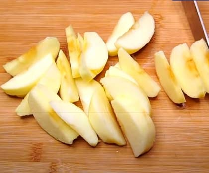 постный-яблочный-пирог-на-кефире-6