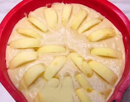 постный-яблочный-пирог-на-кефире-7