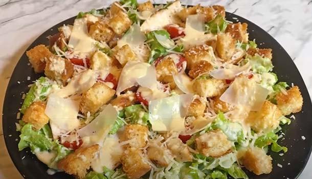 salat-cezar-s-kuricej-klassicheskij-14