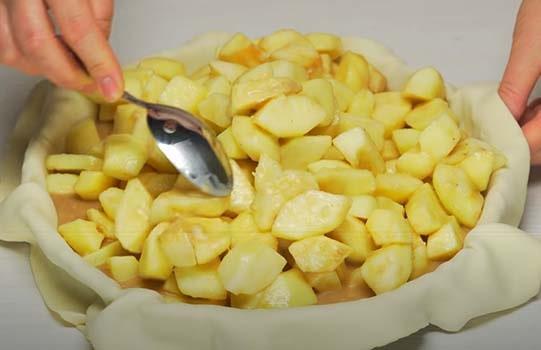 яблочный-пирог-из-слоеного-теста-18