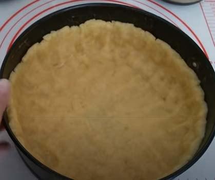 заливной-яблочный-пирог-4