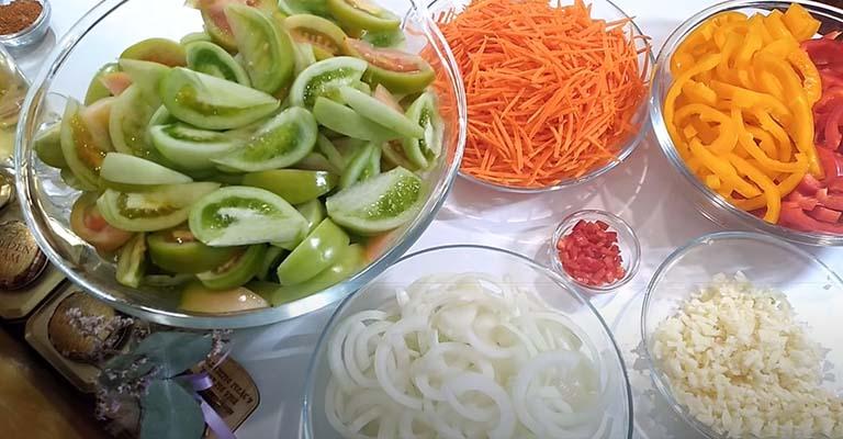 зеленые-помидоры-по-корейски-1