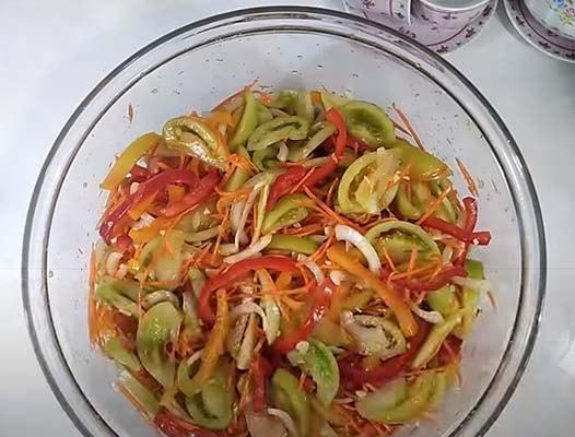зеленые-помидоры-по-корейски-3