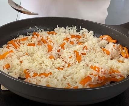 курица-с-рисом-и-овощами-в-банке-4