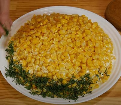 салат-подсолнух-с-курицей-и-картошкой-10