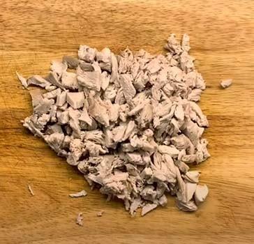 салат-подсолнух-с-курицей-и-огурцом-1