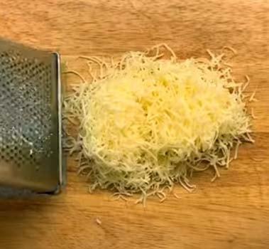 салат-подсолнух-с-курицей-и-огурцом-6