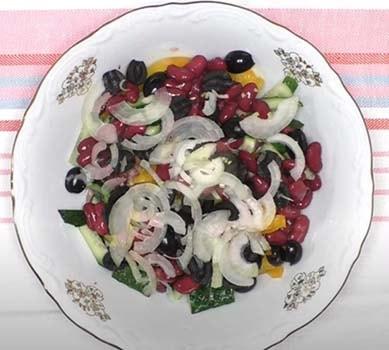 салат-с-куриной-печенью-и-фасолью-2