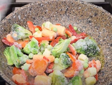 гречка-с-курицей-и-овощами-2