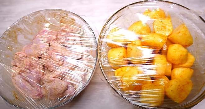 курица-с-картошкой-в-духовке-рецепт-3