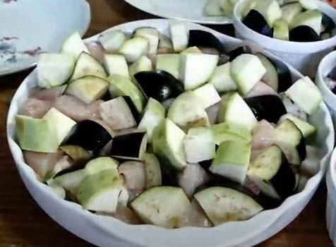 овощное-рагу-с-курицей-в-духовке-6