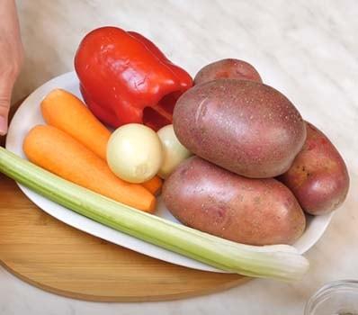 запеченная-курица-с-овощами-в-духовке-5