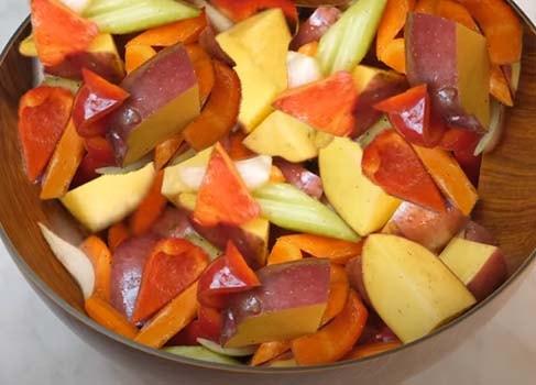 запеченная-курица-с-овощами-в-духовке-6