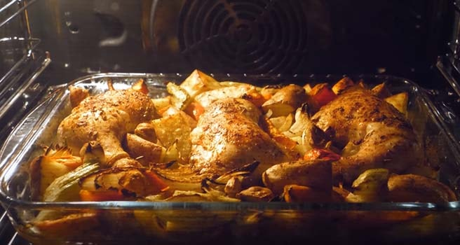 запеченная-курица-с-овощами-в-духовке-9
