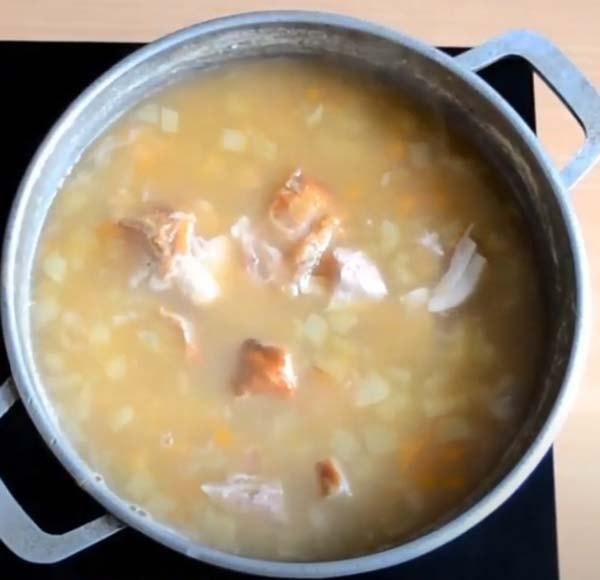 гороховый-суп-с-копченой-курицей-5