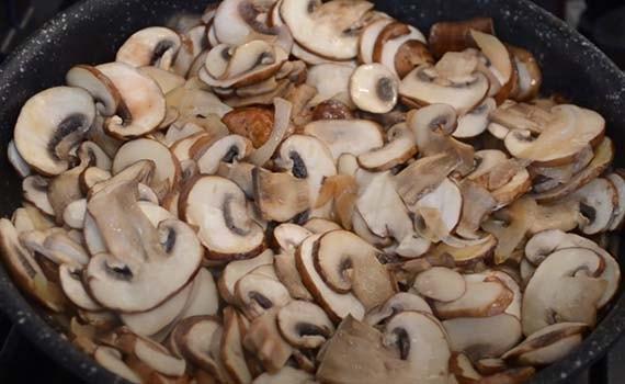 картошка-с-грибами-под-сыром-в-духовке-3