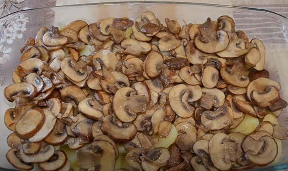 картошка-с-грибами-под-сыром-в-духовке-7