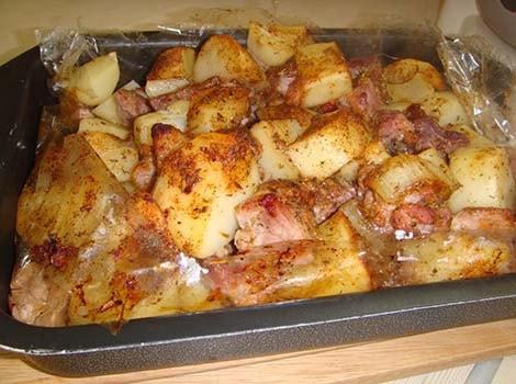 картошка-с-мясом-в-духовке