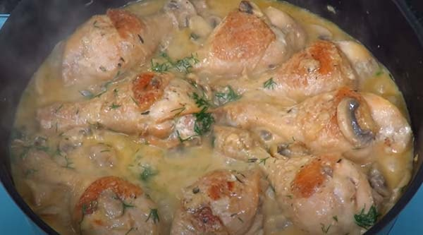 куриные-ножки-на-сковороде-с-подливкой-11