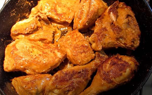 куриные-ножки-в-сметане-на-сковороде-4