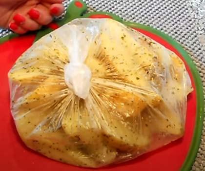 свинина-в-духовке-с-картошкой-и-грибами-5