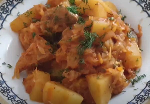 тушеная-капуста-с-картошкой-и-курицей-6