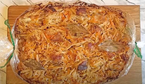 тушеная-капуста-с-мясом-в-духовке-6