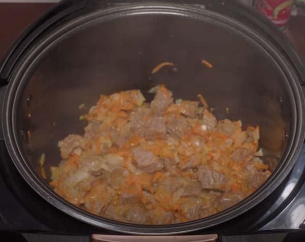 тушеная-капуста-с-мясом-в-мультиварке-2