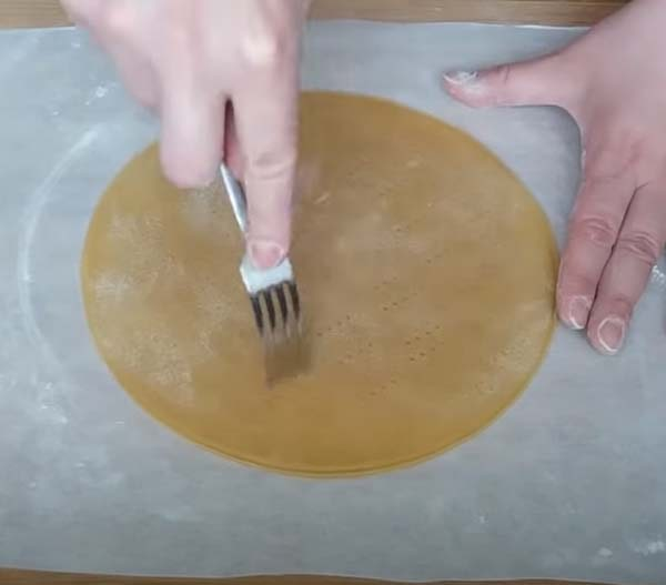 торт-медовик-со-сгущенкой-14