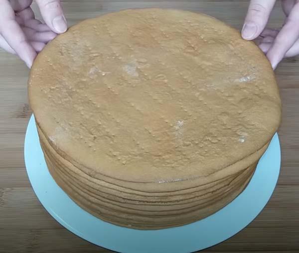 торт-медовик-со-сгущенкой-15